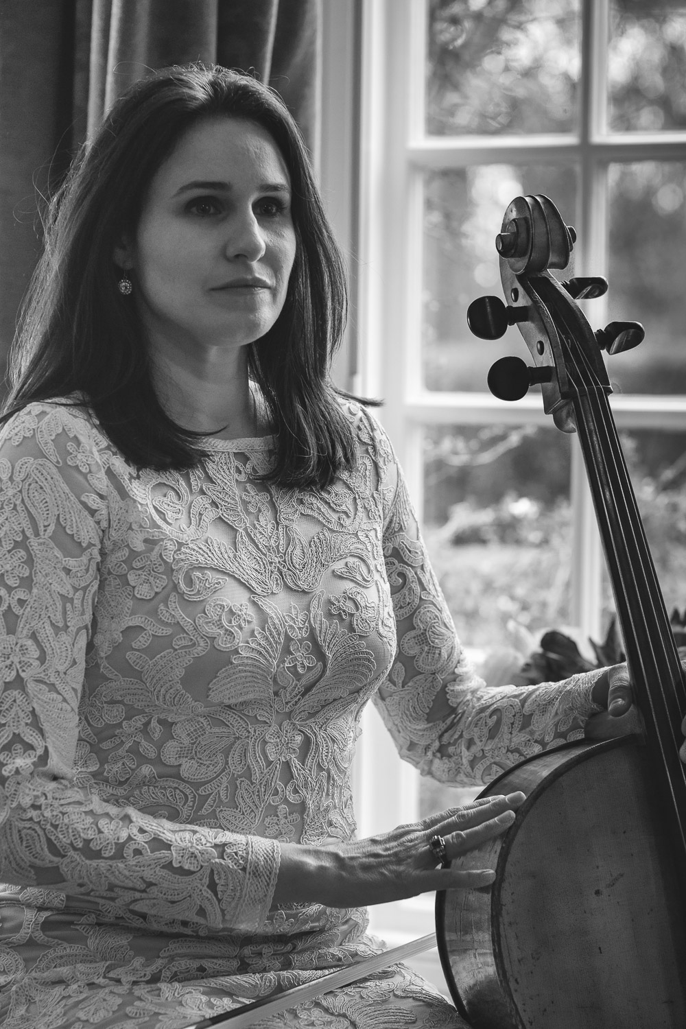 Hannah Reeves, Cellist